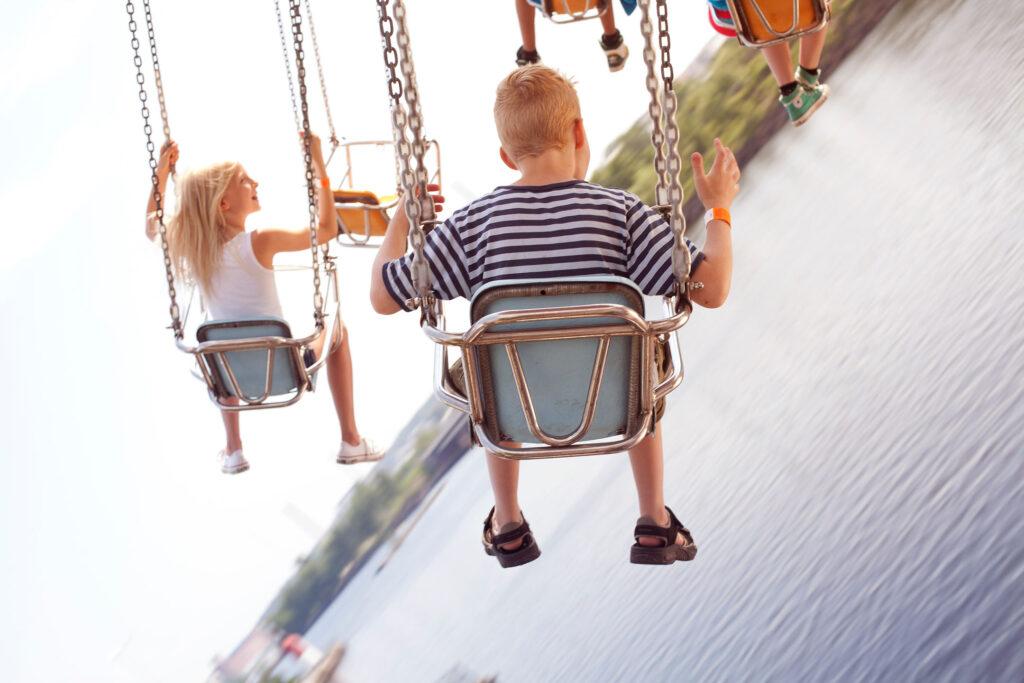 Suomen huvipuisot, Lomalle lasten kanssa